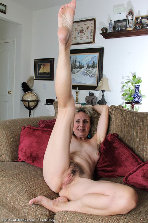Hairy pussy and long sexy legs